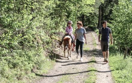 Ponyreiten im Hasental